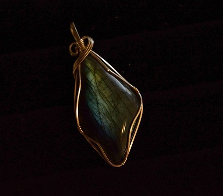 Wire Wrapping Is A Simple And Inexpensive Way To Make Beautiful Jewelry All On Your Own On August 6 8 The Coronado Community Center Will Be